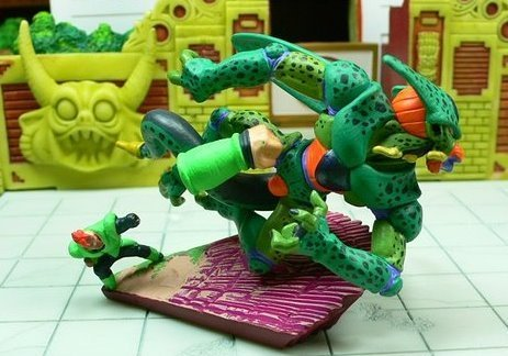 File:Megahouse-series13-android16vcell.JPG