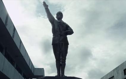 Hasil gambar untuk hitler statue