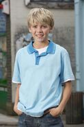 Peter Beale (Thomas Law)