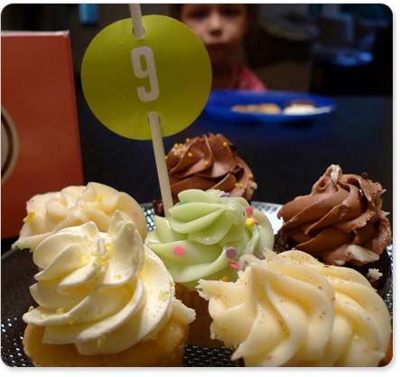 File:Cupcaketops2.jpeg