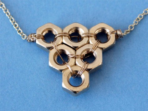 File:Necklace.jpg