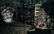 Pinemoon Cave Interior02