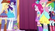 Twilight's friends wait for her EG