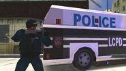Un miembro SWAT en LCS