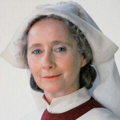 Poppy Pomfrey, enfermera