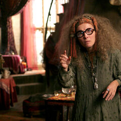 Sybill Trelawney, Adivinación (1981-?)