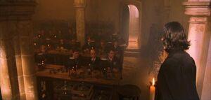 P1 Severus Snape Clase Pociones.jpg