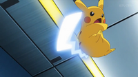 EP928 Pikachu usando cola férrea.png