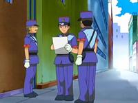 Archivo:EP566 Policías.png
