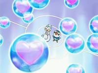 Archivo:EP518 Piplup y Pachirisu usando una combinación de rayo burbujas y dulce beso.png