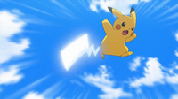 EP918 Pikachu de Ash usando cola férrea.png