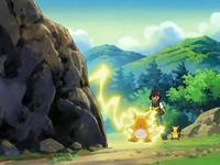 Archivo:EP557 Ash entrenando con Raichu.png
