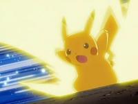Archivo:EP561 Pikachu usando rayo.png