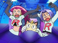 Archivo:EP551 Team Rocket (2).png