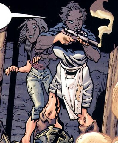 Archivo:Jango's mother and sister.JPG