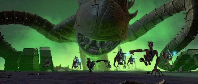 Archivo:Zillo beast attacks.jpg