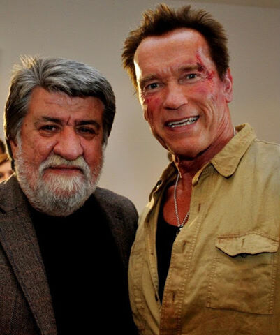 File:Arnie filming Expendables 2 pic 2.jpg