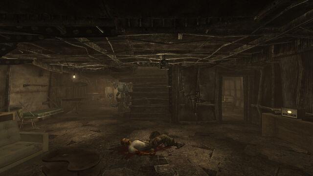 File:Hells Motel interior.jpg