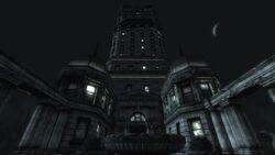 Tenpenny Tower at night.jpg