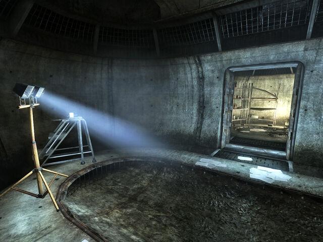 File:RT KXB811 drainage chamber.jpg