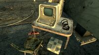 FO3 Flooded Metro Raider Camp3