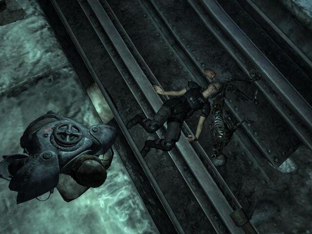 File:Fallout3 TalonWomanDead01 ThX.jpg