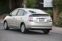 2004 Toyota Prius a