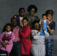 Family matters pilot cast photo