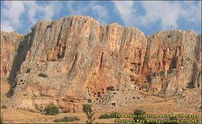 Arbel-caves2