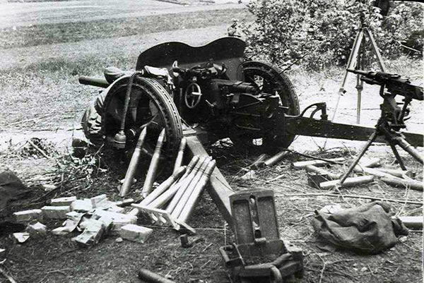 Image result for french 47mm anti tank gun