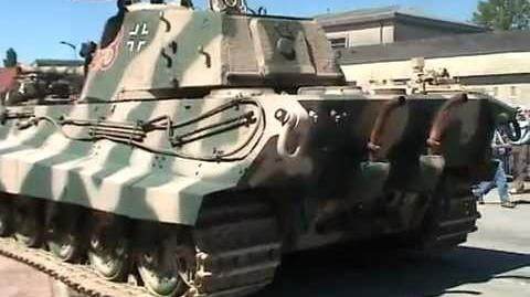 Königstiger Motorstart und Gas geben - WW2 King Tiger Accelation