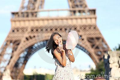 Paris-eiffel-tower-woman-22058851
