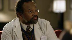 1x17 Dr. Julian Ebbing