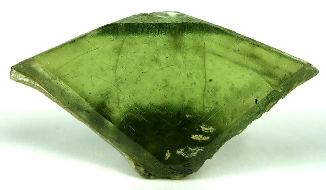 File:Sphene-crystal-green.jpg