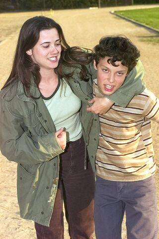 File:Lindsay+Sam-imdb-48.jpg
