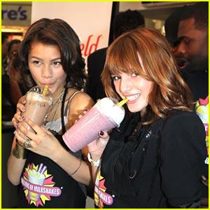 File:Zendaya-bella-milkshakes-shake.jpg