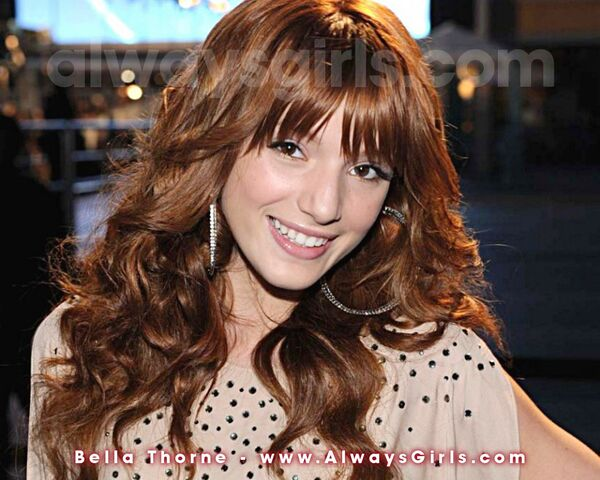 File:Bella thorne wallpaper-.jpg
