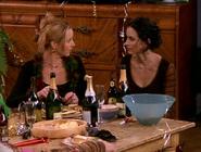 Monica and Phoebe (5x11)