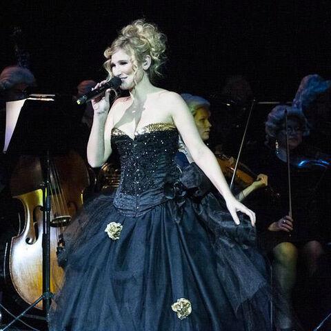 Fichier:Diane Concert 2.jpg