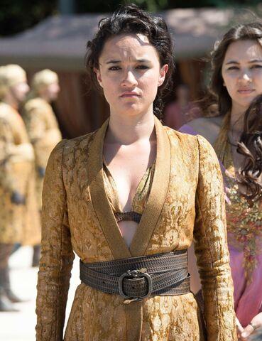 File:510 Obara Sand formalwear closeup.jpg