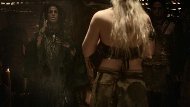 File:Dosh khaleen and Daenerys.jpg