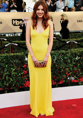 File:Hannah Murray 2016 SAG awards.jpg