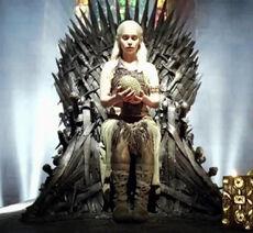 DaenerysDragonEggThrone