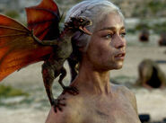 Emila Clarke Dragon