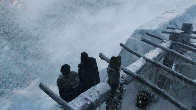 File:Jon and Benjen.jpg
