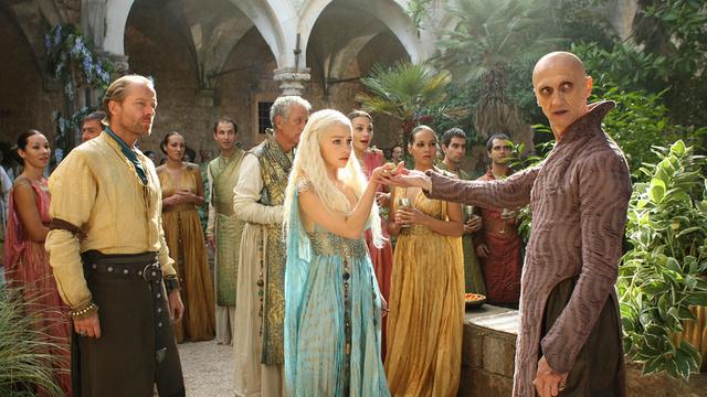 File:Daenerys 2x05.png
