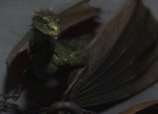 File:Rhaegal 1x10.jpg