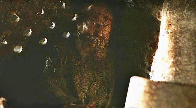 File:What's in the box Varys? What's in the box?!.jpg