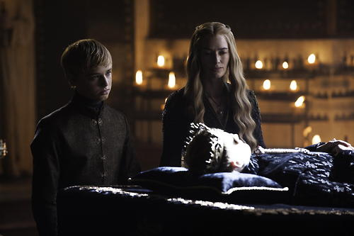 File:Tommen-and-Cersei.jpg