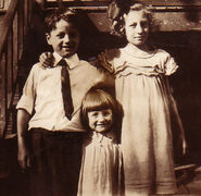 Richard Charles Freudenberg (1918-1994); Selma Louise Freudenberg (1921-2009); and Naida Muriel Freudenberg (1915-1998) circa 1923 most likely in Jersey City, New Jersey